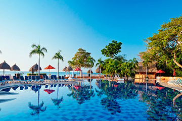 royal-decameron-pool-2.jpg